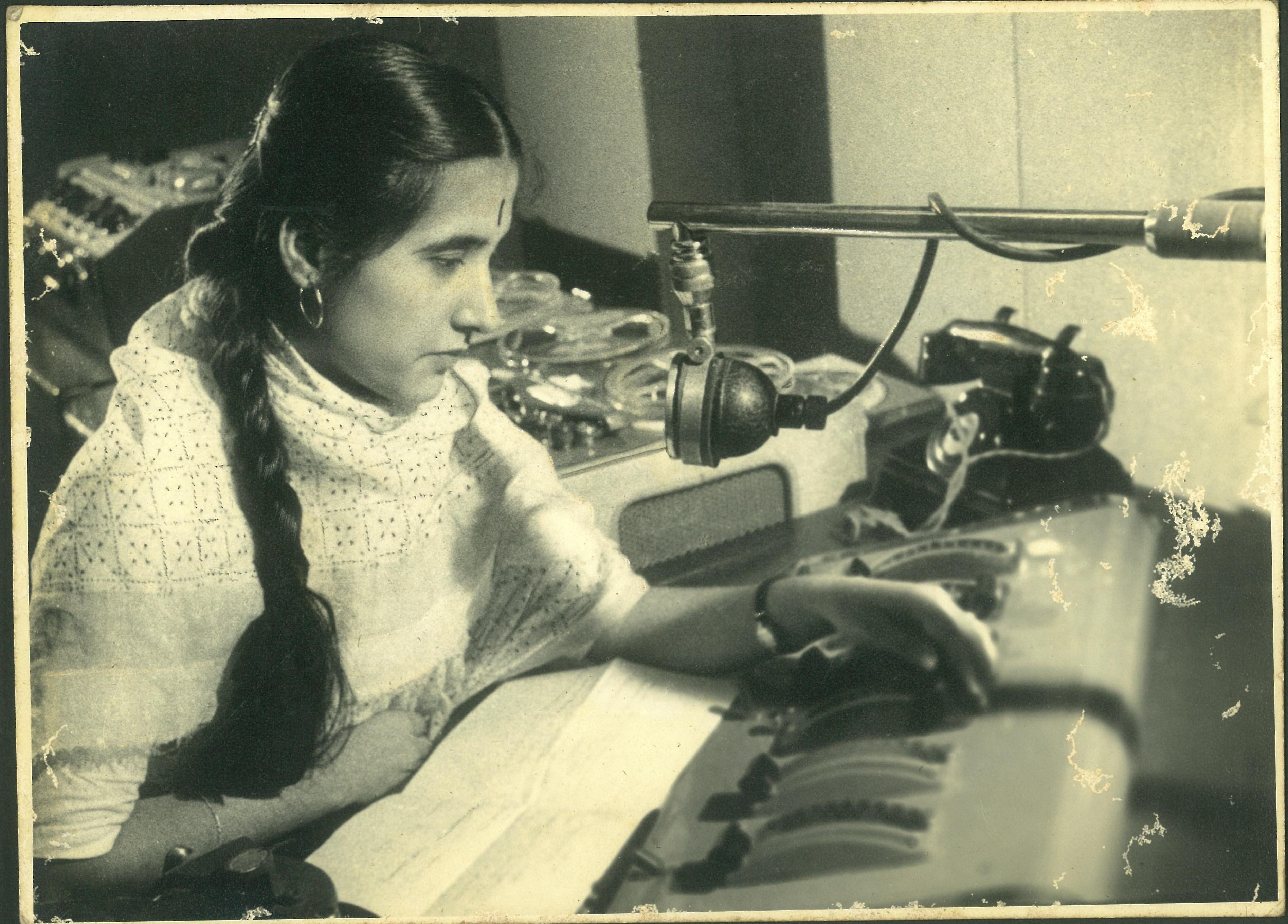 Ritambhara Sahni mother