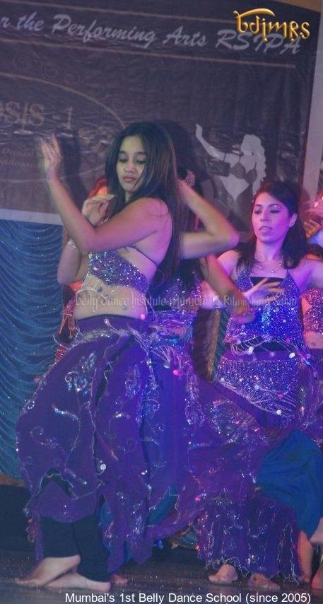 Ritambhara Sahni's Belly dance class